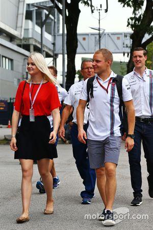 Valtteri Bottas, Williams con la moglie Emilia Bottas