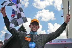 Sieger #10 Wayne Taylor Racing, Corvette DP: Jordan Taylor