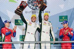 Podium LMGTE Pro : première place Marco Sorensen, Nicki Thiim, Aston Martin Racing