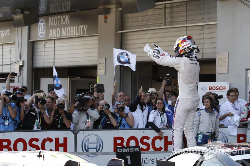 Red Bull Racing (Carrera 1): Marco Wittmann, BMW Team RMG, BMW M4 DTM
