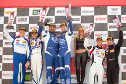 Sprint X GT podyum: 1. #46 Mills Racing BMW Z4: Michael Mills, Kuno Wittmer, 2. #14 GMG Racing Porsc