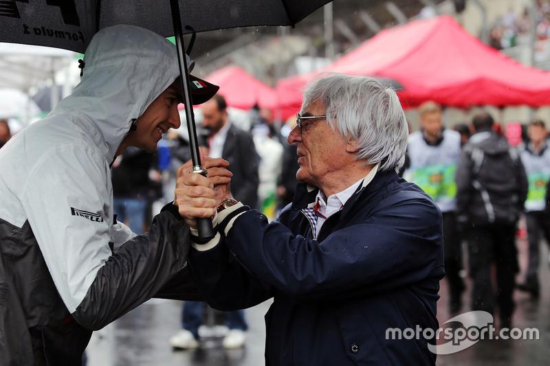 Esteban Gutiérrez, Haas F1 Team con Bernie Ecclestone