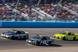Kevin Harvick, Stewart-Haas Racing Chevrolet, Jimmie Johnson, Hendrick Motorsports Chevrolet, Matt Kenseth, Joe Gibbs Racing Toyota