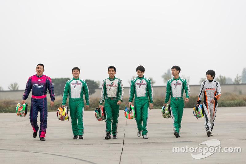 Mars Racing Team车手们于北京站