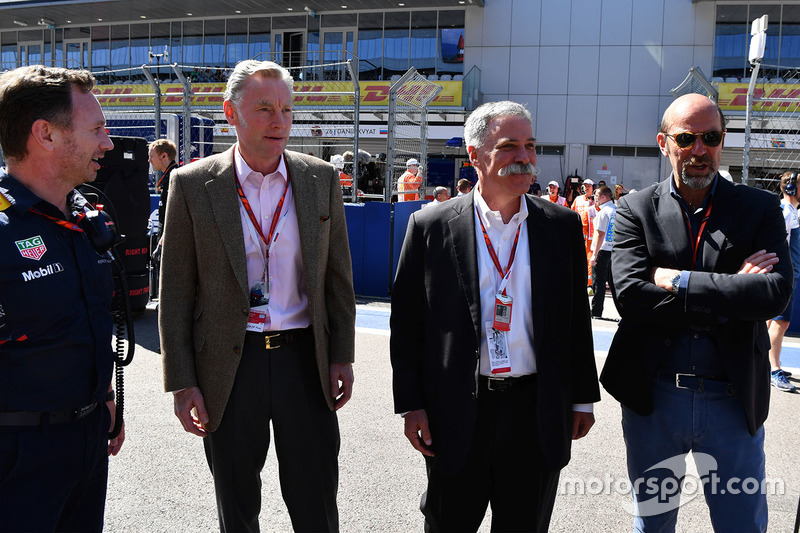 Christian Horner, Red Bull Racing Team Principal, Sean Bratches, Formula One Managing Director, Commercial Operations, Chase Carey, Chief Executive Officer and Executive Chairman of the Formula One Group and Norman Howell, FOM