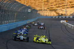Simon Pagenaud, Team Penske, Chevrolet; J.R. Hildebrand, Ed Carpenter Racing, Chevrolet