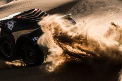 Azione di gara alla Dakar Series Rally de China