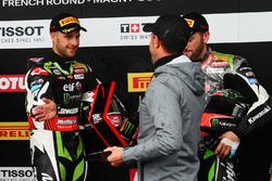 Jonathan Rea, Kawasaki Racing se lleva la pole