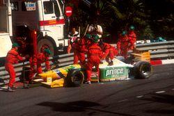 Michael Schumacher, Benetton B193B Ford, pist dışında
