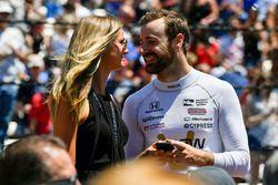 James Hinchcliffe, Schmidt Peterson Motorsports, Honda, mit Freundin Rebecca Dalton