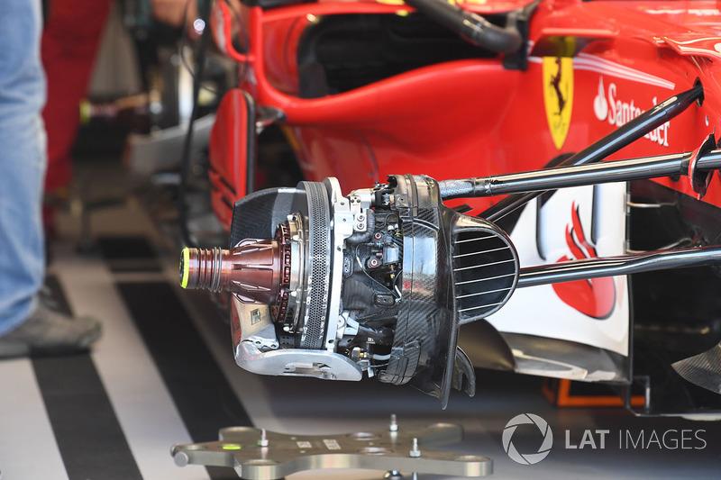 Ferrari SF70-H front brake and wheel hub detail