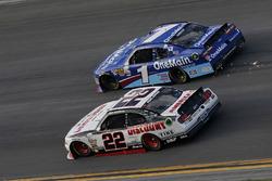 Brad Keselowski, Team Penske Ford Elliott Sadler, JR Motorsports Chevrolet