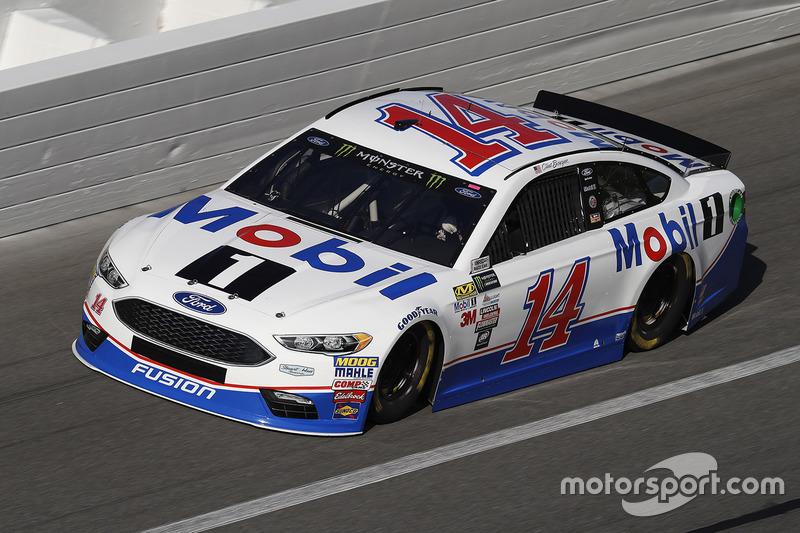 Unfall: Clint Bowyer, Stewart-Haas Racing, Ford