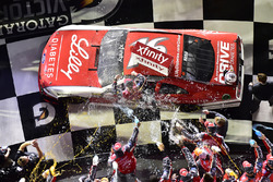 Ryan Reed, Roush Fenway Racing Ford celebra en Victory Lane