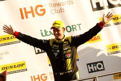 Tercero, Tom Chilton, Power Maxed Racing Vauxhall Astra