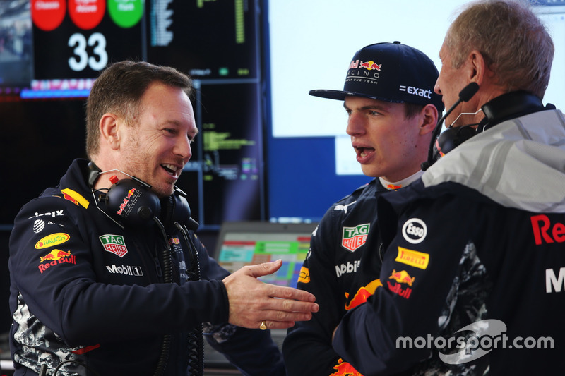 Christian Horner, Team Principal, Red Bull Racing, talks to Max Verstappen, Red Bull Racing, and Hel