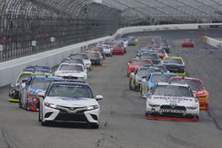 Toyota Pace Car Brad Keselowski, Team Penske Ford Kyle Busch, Joe Gibbs Racing Toyota