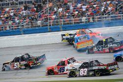 Crash: Cody Coughlin, ThorSport Racing Toyota, Myatt Snider, Kyle Busch Motorsports Toyota, Chris Fo
