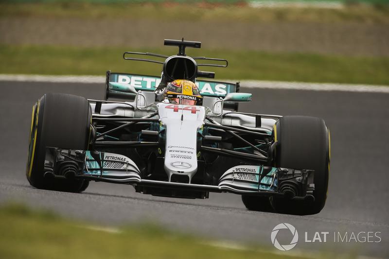 Hamilton'dan 71. pole pozisyonu