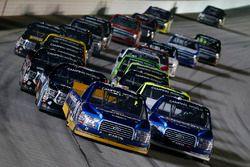 Restart: Chase Briscoe, Brad Keselowski Racing Ford, Austin Cindric, Brad Keselowski Racing Ford