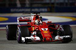 Обладатель поула Себастьян Феттель, Ferrari SF70H
