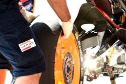 Michelin tyre, Honda wheel change