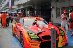 #55 Autobacs Racing Team Aguri BMW M6 GT3: Shinichi Takagi, Sean Walkinshaw