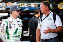 Kevin Harvick, Stewart-Haas Racing Ford y Tony Raines