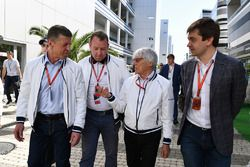 Dmitry Kozak, Vize-Premierminister Russland; Bernie Ecclestone; Sergey Vorobyev, Stellvertretender g