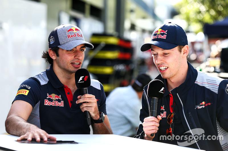 A Toro Rosso tem motivos para sorrir: tanto Carlos Sainz Jr. (8º) quanto Daniil Kvyat (9º) largam entre os dez primeiros em Melbourne