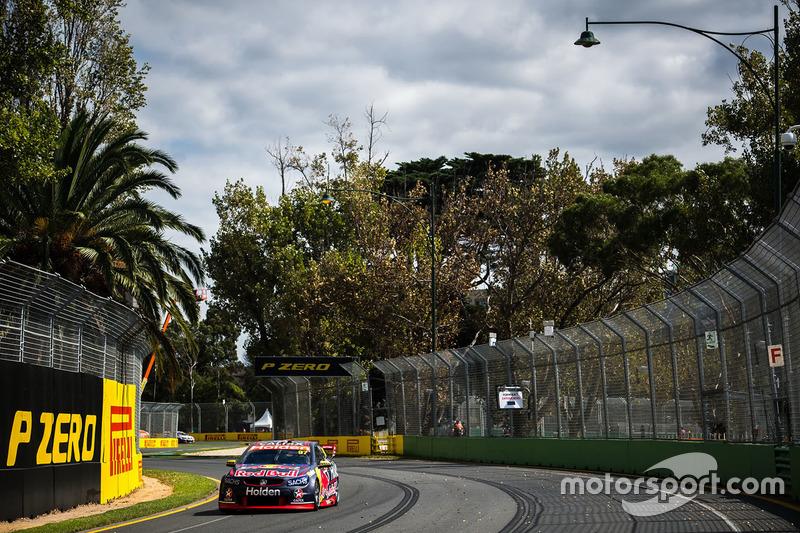 Shane van Gisbergen, Triple Eight Race Engineering, Holden