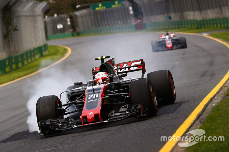 17: Кевін Магнуссен, Haas F1 Team VF-17