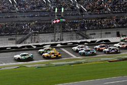 Kasey Kahne, Hendrick Motorsports Chevrolet, Matt Kenseth, Joe Gibbs Racing Toyota