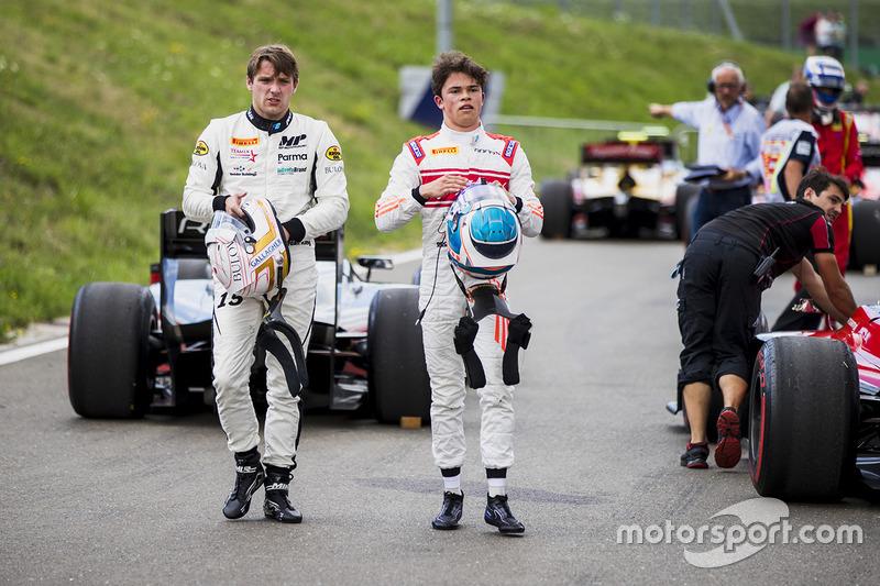 Джордан Кинг, MP Motorsport, и Ник де Врис, Rapax