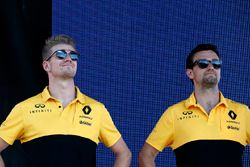 Nico Hulkenberg, Renault Sport F1 Team, Jolyon Palmer, Renault Sport F1 Team