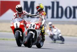 Wayne Rainey, Yamaha, et Kevin Schwantz, Suzuki