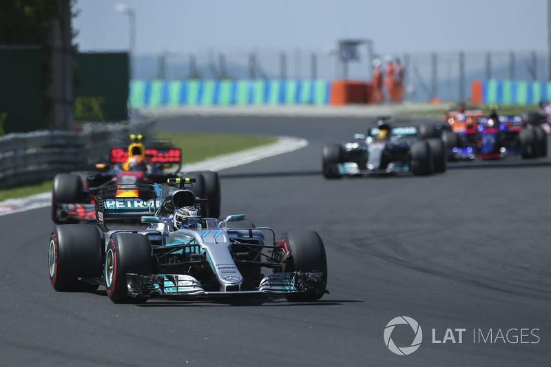 Valtteri Bottas, Mercedes AMG F1 W08, Max Verstappen, Red Bull Racing RB13, Lewis Hamilton, Mercedes AMG F1 W08