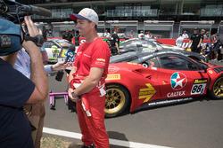 #23 Nissan Motorsport, Nissan GT-R Nismo GT3: Michael Caruso con los medios