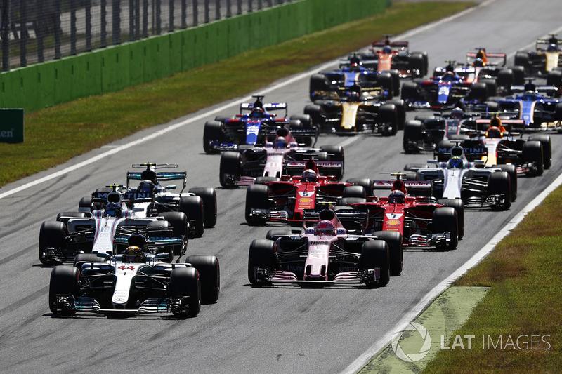 Hamilton empezó a ganar la carrera en la salida. Fue su único momento con algo de tensión.