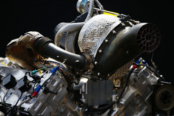 محرك سيارة الفورمولا 2 الجديدة