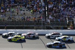 Corey LaJoie, BK Racing Toyota, Paul Menard, Richard Childress Racing Chevrolet, Austin Dillon, Rich