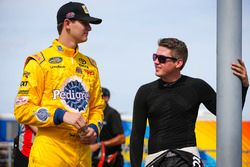 Todd Gilliland, Kyle Busch Motorsports Toyota y Noah Gragson, Kyle Busch Motorsports Toyota