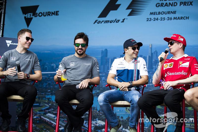 Fanevent mit Stoffel Vandoorne, McLaren; Fernando Alonso, McLaren; Felipe Massa, Williams; Kimi Räik
