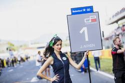 The grid girl of Jack Aitken, ART Grand Prix