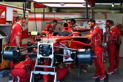 Ferrari SF70H piso se remueve