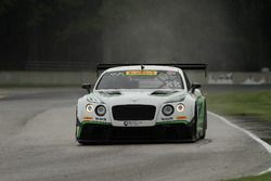 #88 Absolute Racing Bentley Continental GT3: Adderly Fong