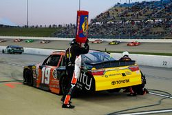 Matt Tifft, Joe Gibbs Racing Toyota pit stop