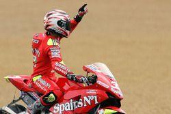 Yarış galibi Marco Melandri, Fortuna Honda