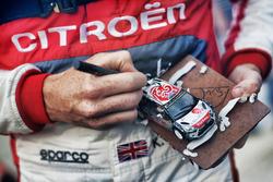 Kris Meeke, Citroën World Rally Team, signe des autographes