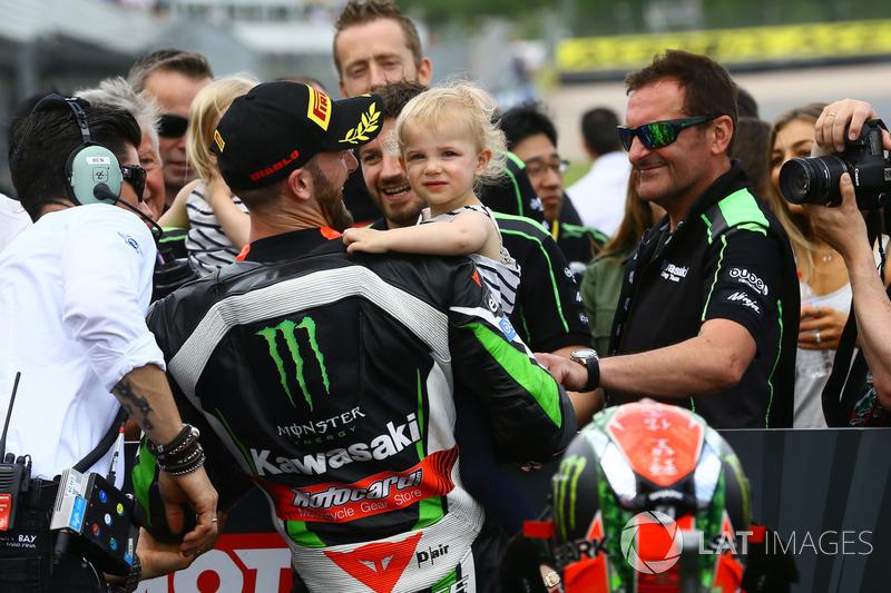 Ganador de la pole Tom Sykes, Kawasaki Racing